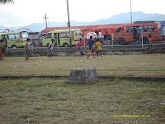 Main bola di taman Victoria