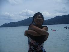 Di pantai Natsepa