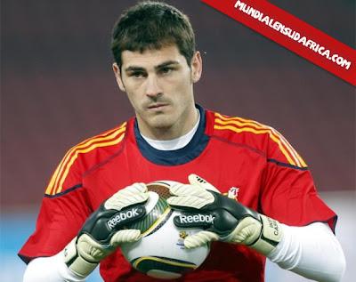 Iker Casillas es Guante de Oro del Mundial