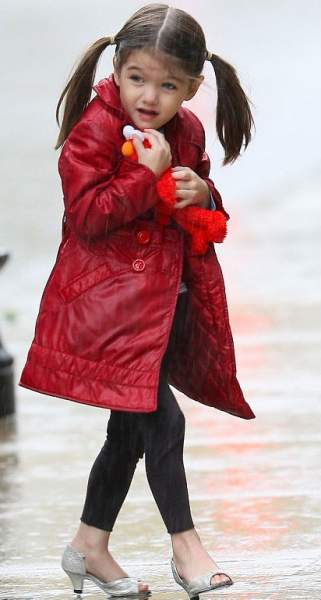 Suri Cruise may look cute in her heels but her young foot is at risk of injury