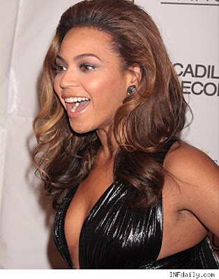 Celebrity Flaw of the Day - Beyonce Hairy Armpits