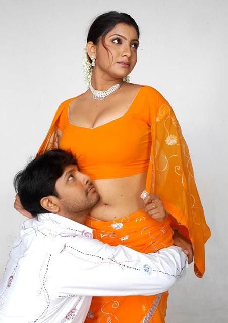 http://2.bp.blogspot.com/_RFQ1HyerN1k/SNkwCPLq03I/AAAAAAAAC4c/7oFNjWsGqck/s1600/hot_tamil_actress_dimple_003.jpg