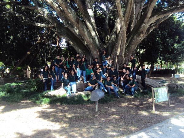 Club cim leonides morales jardin botanico de caguas for Actividad de perros en el jardin botanico de caguas