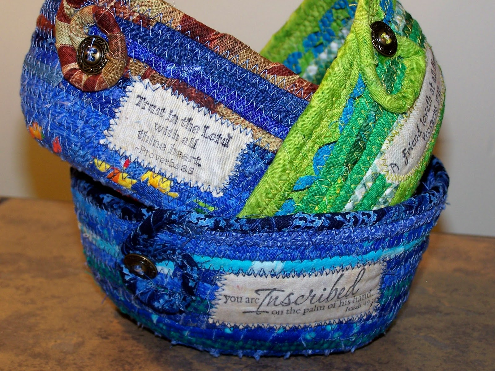 how to make fabric wrapped rope baskets