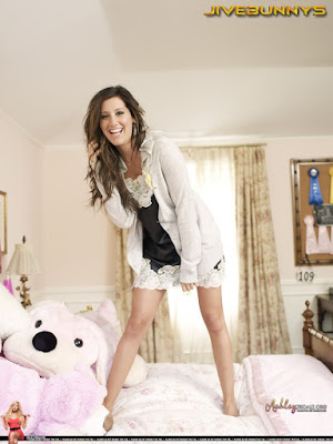 Model, Ashley Tisdale, Cute and Sweet Modern Girl Bedroom Photo Shoot