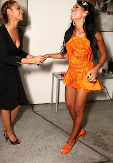 Beyonce & Solange at her 22nd birthday party