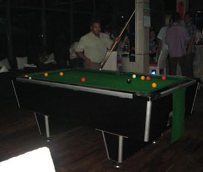 OVO Live Bistro pool table