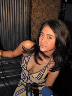 artis dangdut, dangdut hot, Foto Artis, foto artis indonesia, indonesian artis, Dewi Persik,