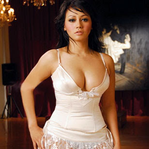 Foto Artis, Popular Magazine, Intan Bella, hot model, model,