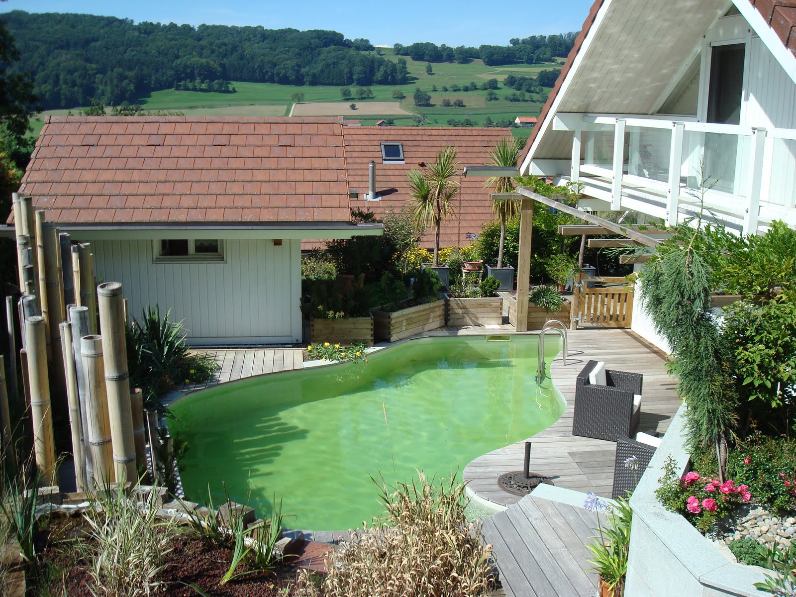 Paysagiste et am nagement de jardin thonon et annemasse for Bassin naturel piscine