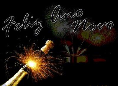http://2.bp.blogspot.com/_RJBoOvSRocw/TRdnA-Y3q0I/AAAAAAAAAwk/TYf3PN-gK_s/s1600/Feliz+Ano+Novo.jpg