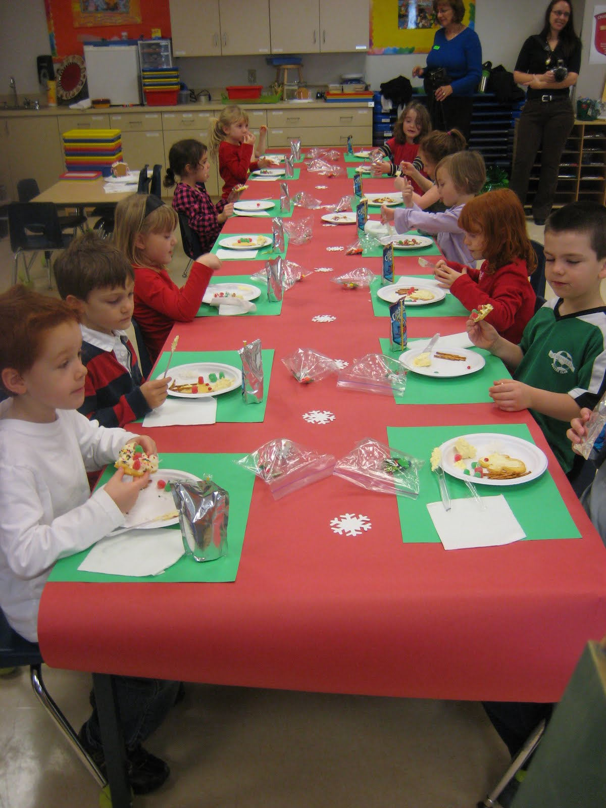 Kindergarten Christmas Party Ideas Part - 41: Christmas Party Ideas For Kindergarten Classes : Lewis Family Kindergarten  Christmas Party