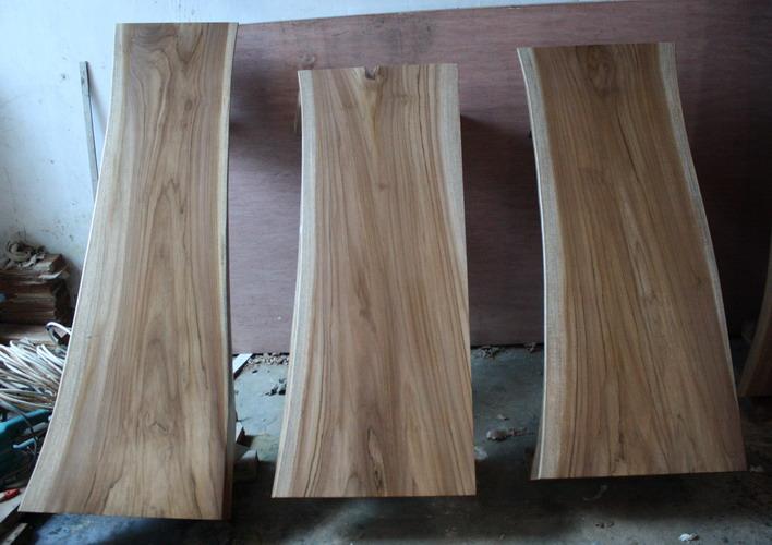Low coffee table kayu jati