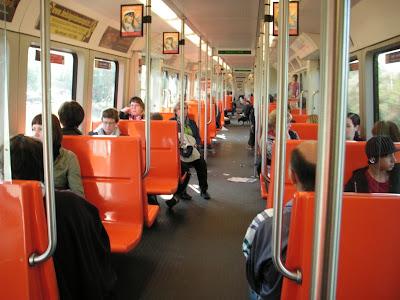 Helsingin metrossa.