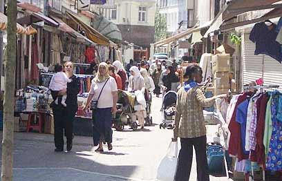 Den fromme muslimen i Dar-al harb