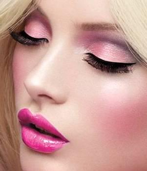 Barbie makeup1 Barbie Makeup
