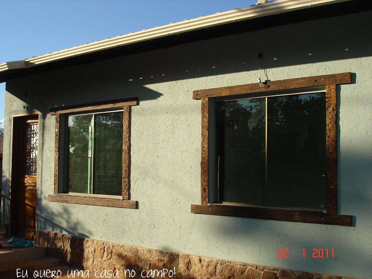 #2B66A0  capas de dormente que sobraram das molduras das janelas da fachada 1572 Vidros E Janelas Bh