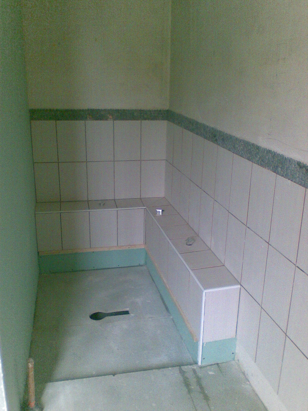 R novation maison briarde cr ation d 39 une salle de bain for Pose placo hydrofuge salle de bain