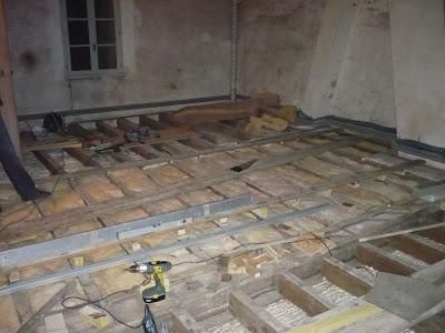 R novation maison briarde pr paration avant la pose du nouveau plancher - Faire un plancher en osb ...