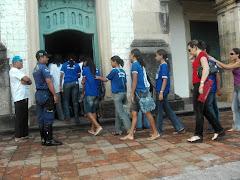 G.A.T. recebendo e prestando informações de pontos turisticos a Alunos, Visitantes e Turistas.