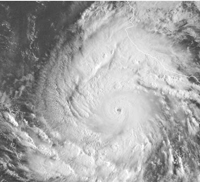 Hurrikansaison 2009 Pazifik aktuell: Hurrikan JIMENA schon Kategorie 4 und Tropischer Sturm KEVIN, Wetter Mexiko, Sturm, Satellitenbild, NASA, Hurrikansaison 2009, Pazifik, Fotos,