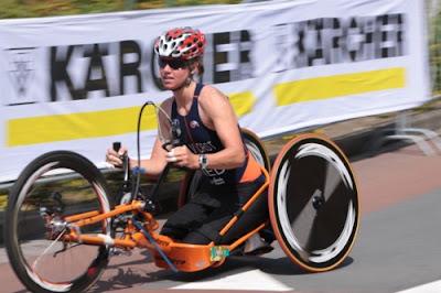 Monique van der Vorst kehrt als Heldin vom Ironman Triathlon Hawaii 2009 nach Holland zurück, Behinderung, Fotos, Promizitate, Sport, Video,