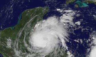 Atlantik aktuell: RICHARD wird kurz vor Langang über Belize zum Hurrikan (mit NASA-GOES-Video), aktuell, Richard, Belize, Honduras, Guatemala, Yucatán, 2010, Video, Video Stream, Hurrikanfotos, Hurrikansaison 2010, NASA,