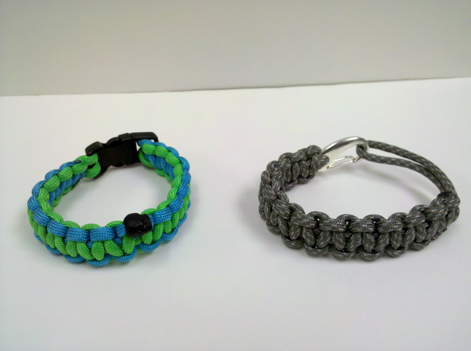 paracord projects In this playlist i put all those videos that deal with paracord and paracord projects.