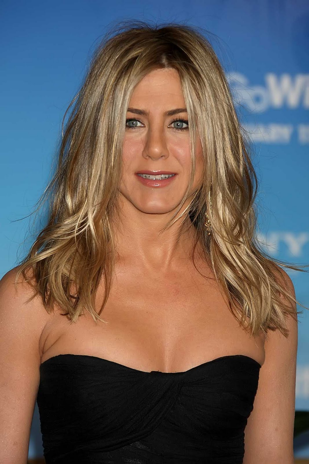 jennifer aniston 2022