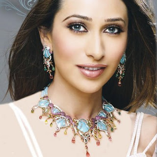 bollywood actress karishma kapoor pics