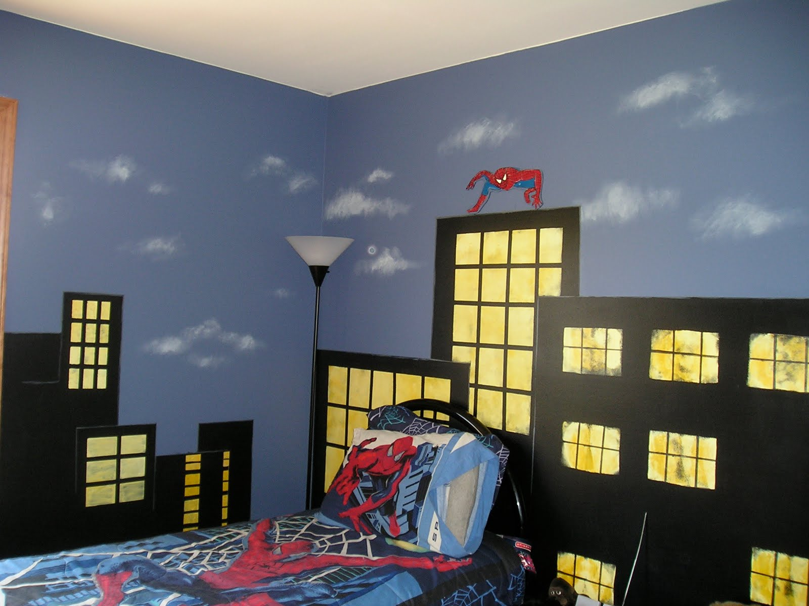 Jennifer d rizzo designs boy 39 s room murals for Superhero bedroom ideas