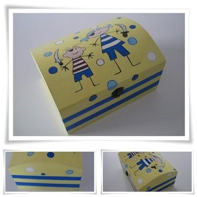 Ana manualidades caja de madera pintada con acrilicos - Manualidades con caja de madera ...