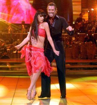 tv2 vild med dans live