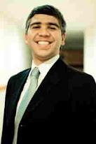 Dr. Marcelo Moura