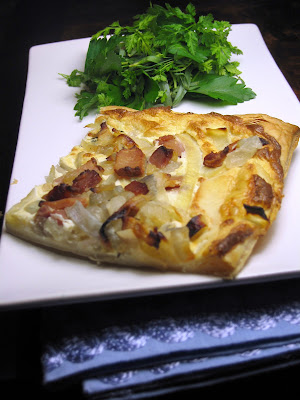 Onion tart with bacon
