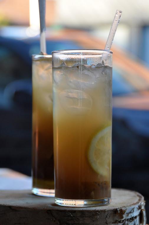 Pear, lemon & bourbon to start the night