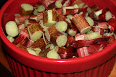 Red Delicious Cut Up RHUBARB