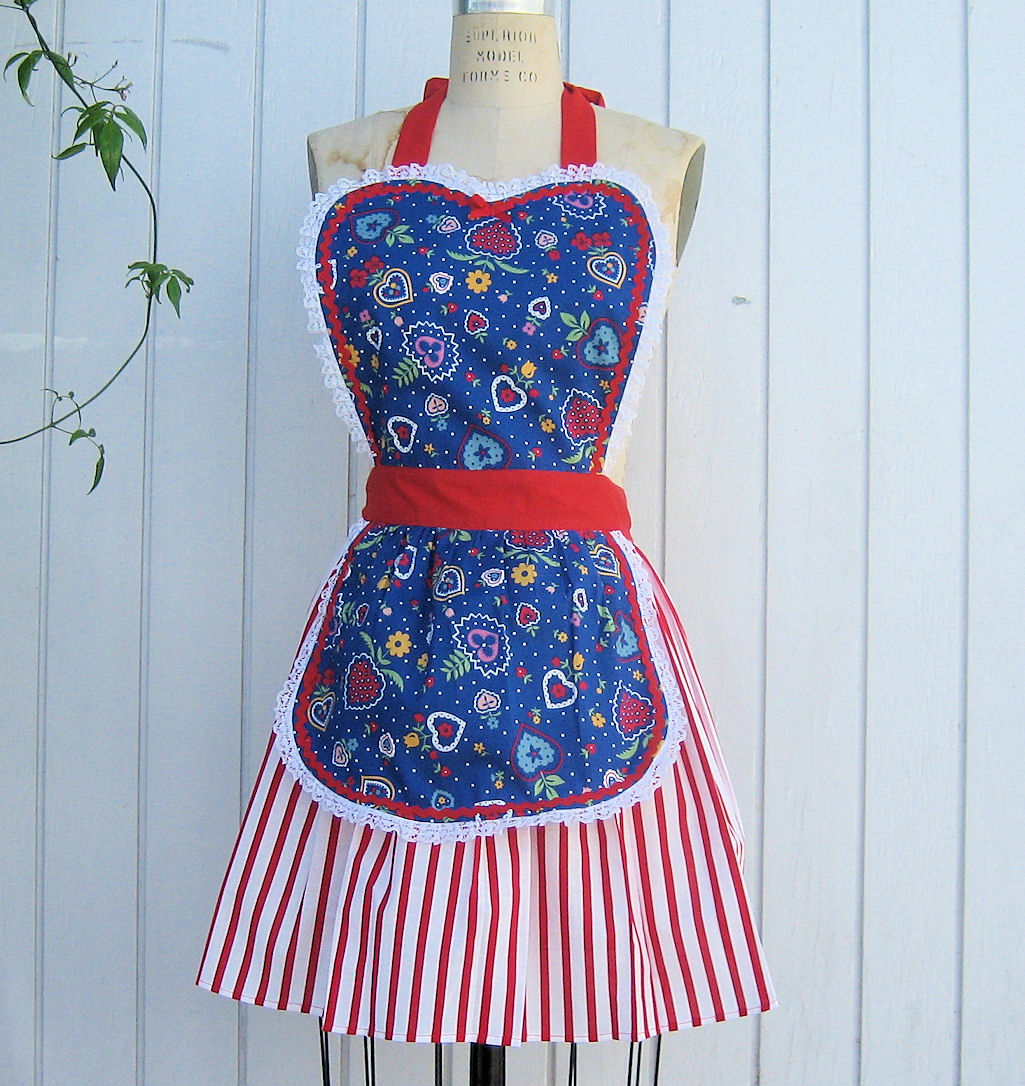 retro+apron+retro+womens+apron+4th+of+july+apron+4th+of+july+apron ...: loverdoversclothing.blogspot.com/2010/06/retro-apron-womens-folk...