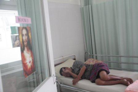Gambar Jesus di sana sini.