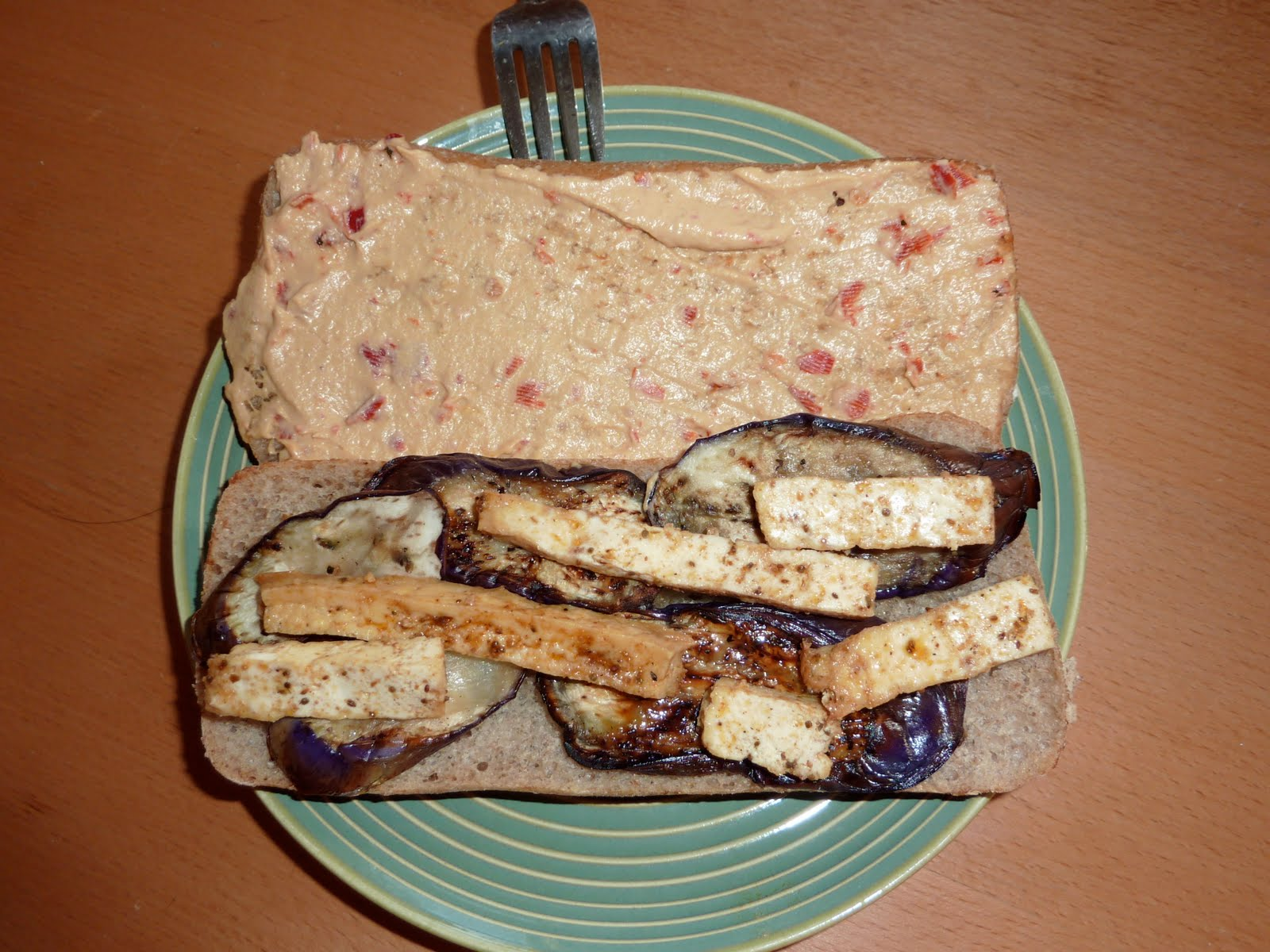 Look To Beauty: Tofu, Eggplant and Hummus sandwich