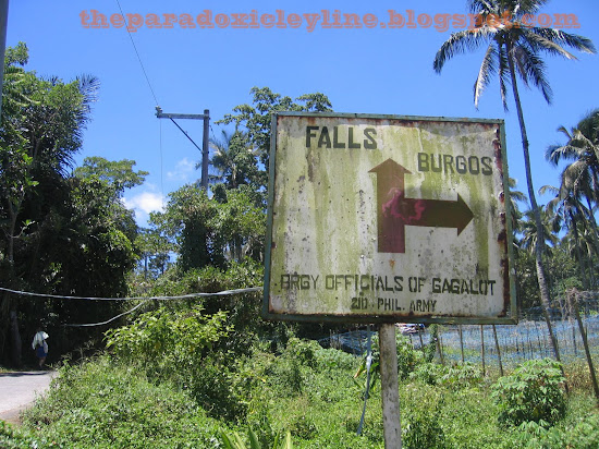 On the way to Majayjay Falls
