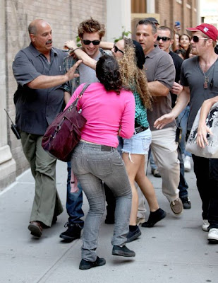 robert pattinson family pictures. Robert Pattinson Hit by Cab!