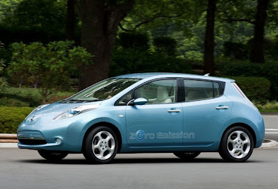 unveiled Nissan Leaf which