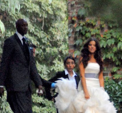 Khloe Kardashian Wedding Dress 02