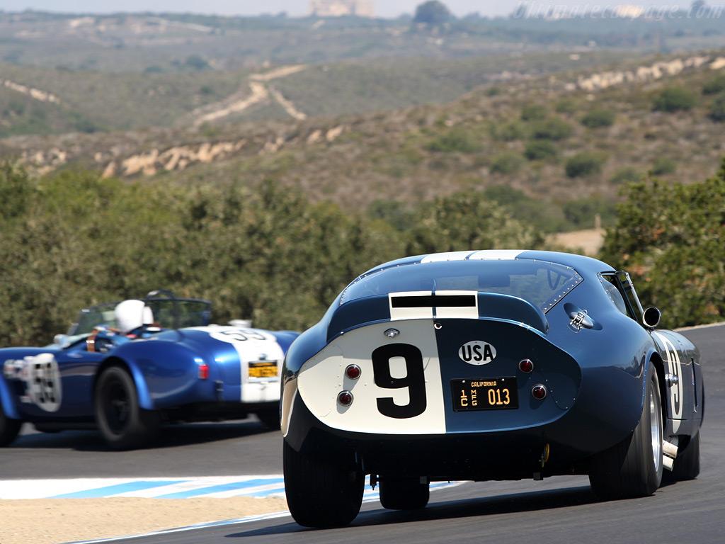 http://2.bp.blogspot.com/_Rj5WR2t_eD4/S7ksjDm6aDI/AAAAAAAADL8/i1J5NLPdlrw/s1600/AC-Shelby-Cobra-Daytona-Coupe_17.jpg