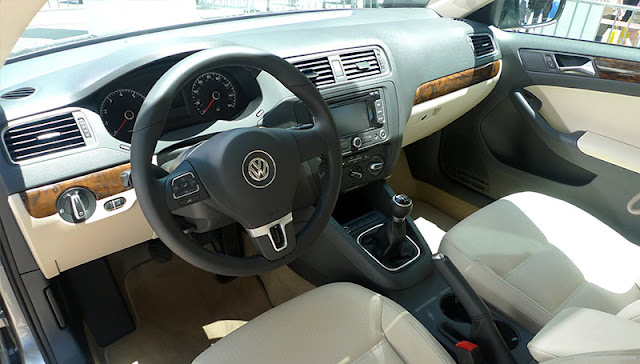 Volkswagen Jetta 2011 Interior