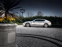 The 2010 Panamera Porsche side