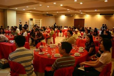 Immigrant Visa Party and Seminar - Aristrocrat Restaurant Manila (April 17)
