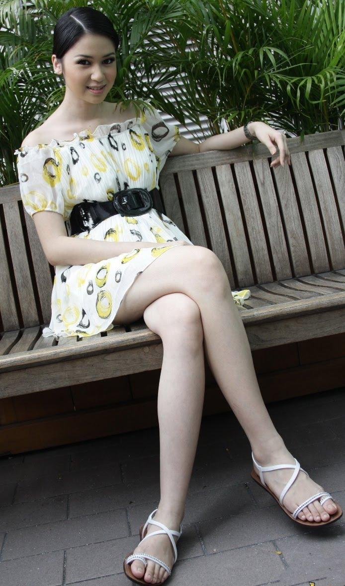 Cute Young Indonesian Actress Laura Basuki