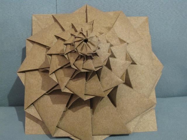 The Origami Forum View Topic 8 Petal Flower Tower By Chris